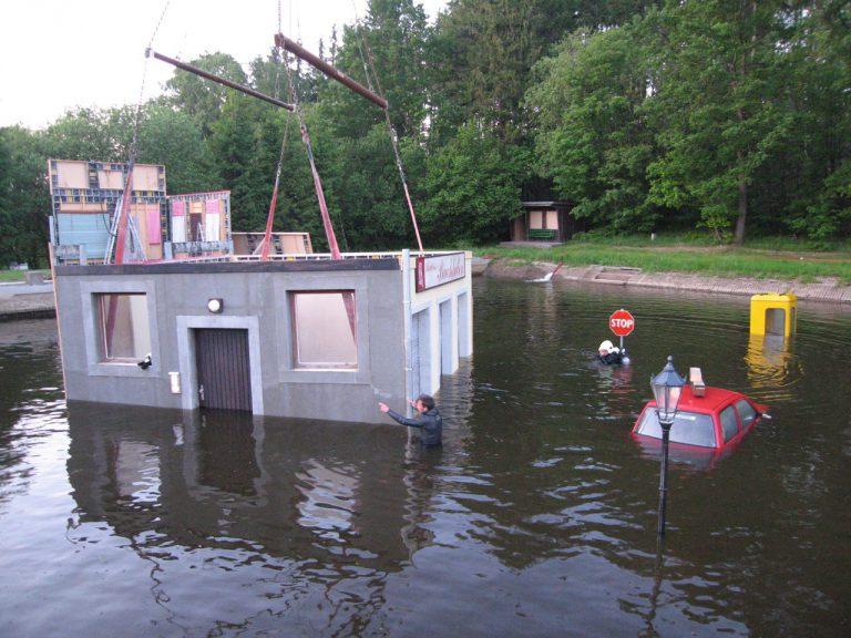 The Flood – put the house down