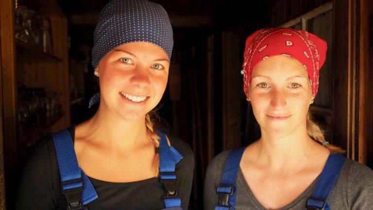 Sennerinnen der Priesbergalm-Julia Wurm und Sophia Franck