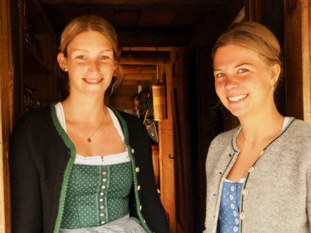 Sennerinnen der Priesbergalm-Sophia Franck und Julia Wurm