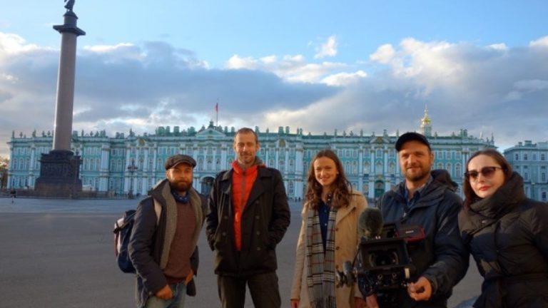 Prinzessin Maria von Preußen mit DOP Florian Bentele und Team in St.Petersburg