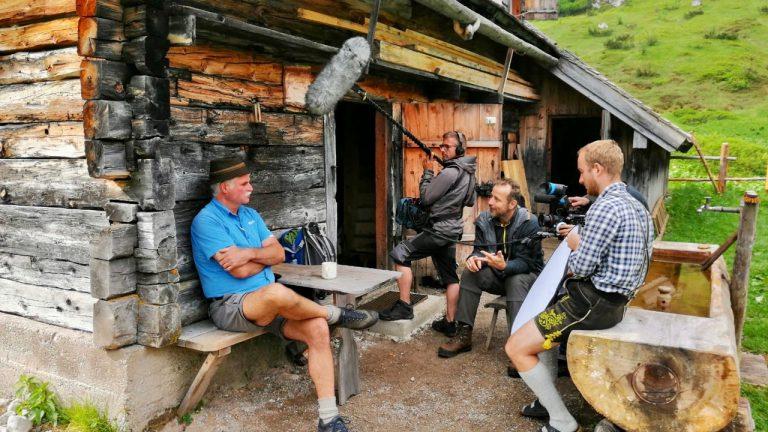 Zollbeamter Hans Eder an der Brennerhütte