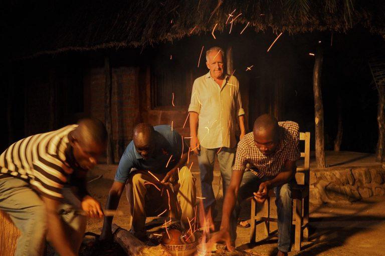 Prof. Friedemann Schrenk at the campfire